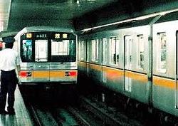 銀座線の電車